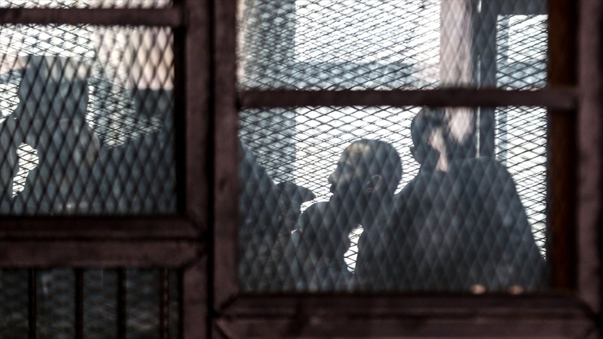 Mısır'daki sokak eylemleriyle panikleyen Sisi yönetimi 15 muhalifi idam etti