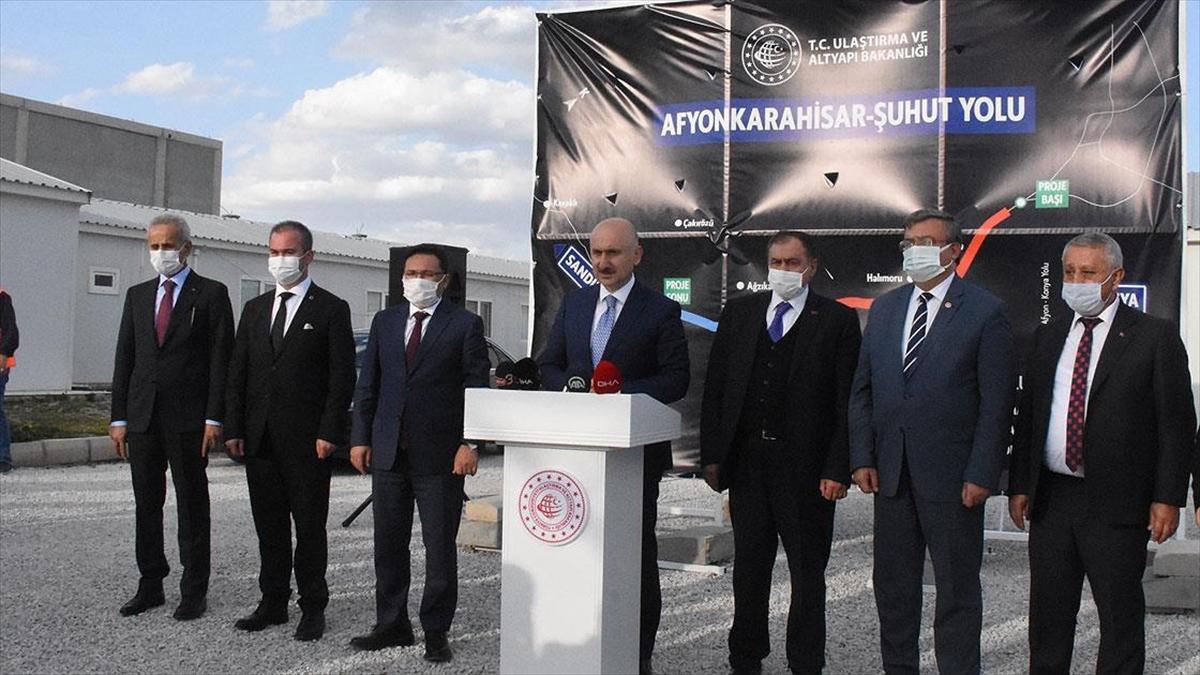 Bakan Karaismailoğlu: Ankara-İzmir hızlı tren hattıyla ilgili çalışmalarımız devam ediyor