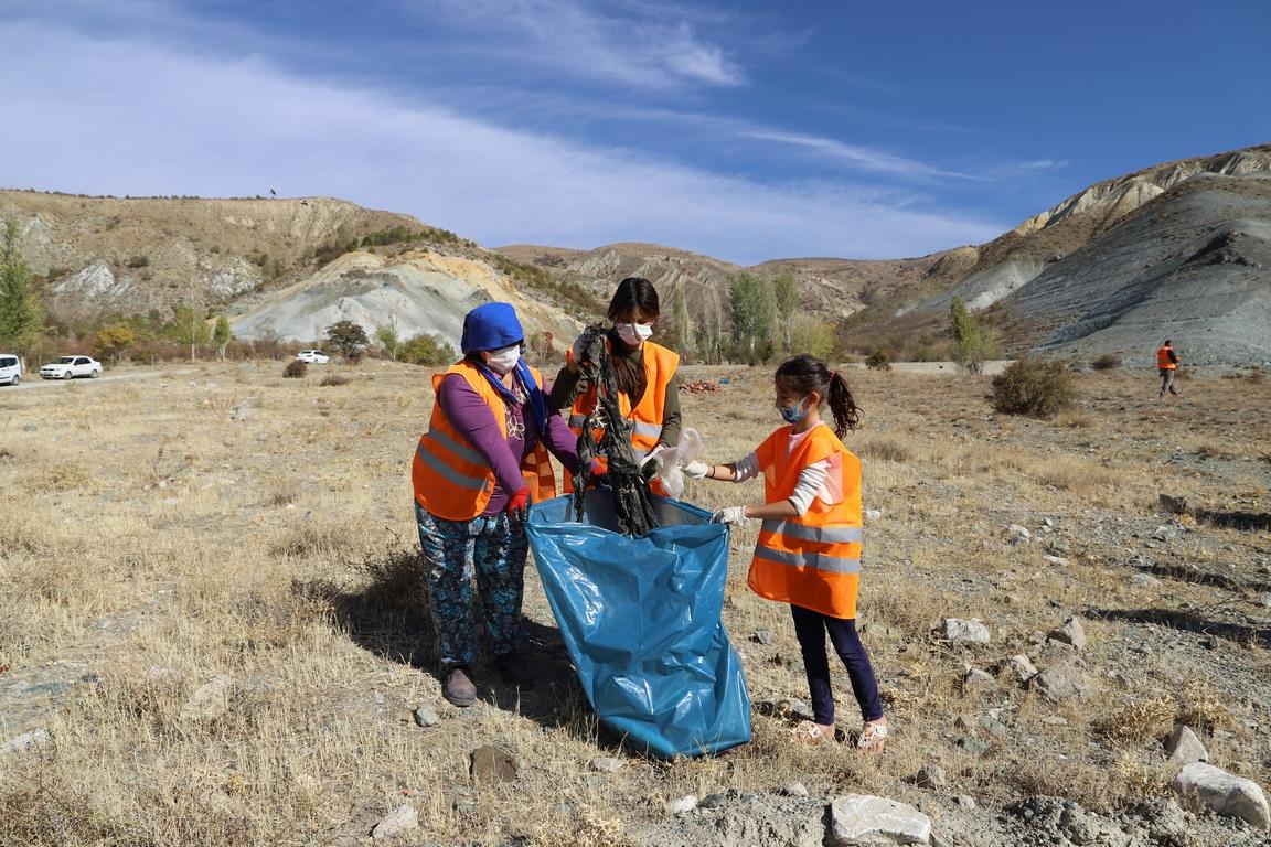 Erzincan Belediyesinden Temizlik Kampanyası