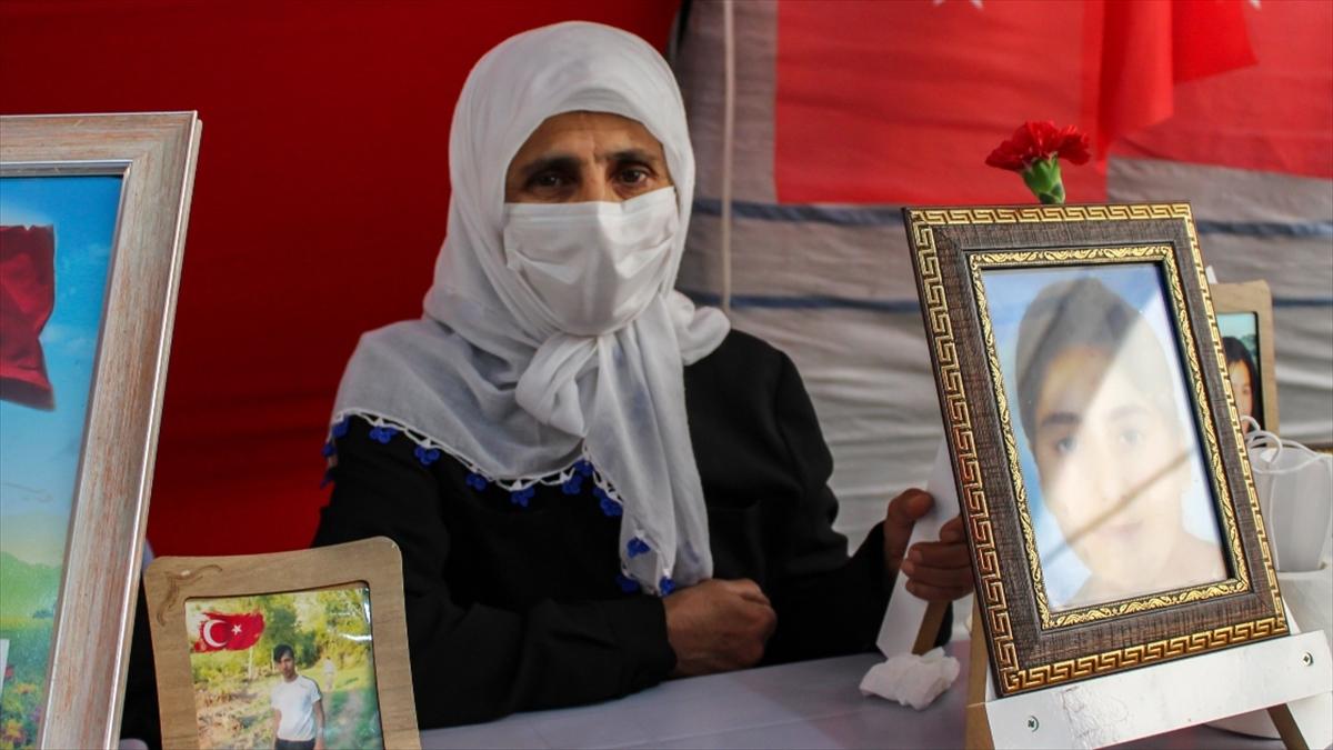 Anne Esmer Koç: Kızımdan isteğim, beni duyuyorsan gel devlete teslim ol