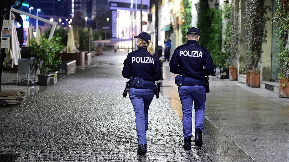 İtalya'da Kovid-19 salgınında 'genel karantina' tartışılıyor