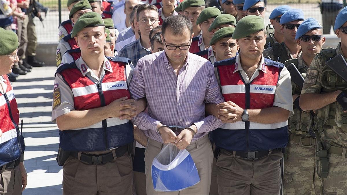Akıncı davası sanıkları cezasız kalmadı: FETÖ'nün 'kurmay subaylar imamı' Hakan Çiçek