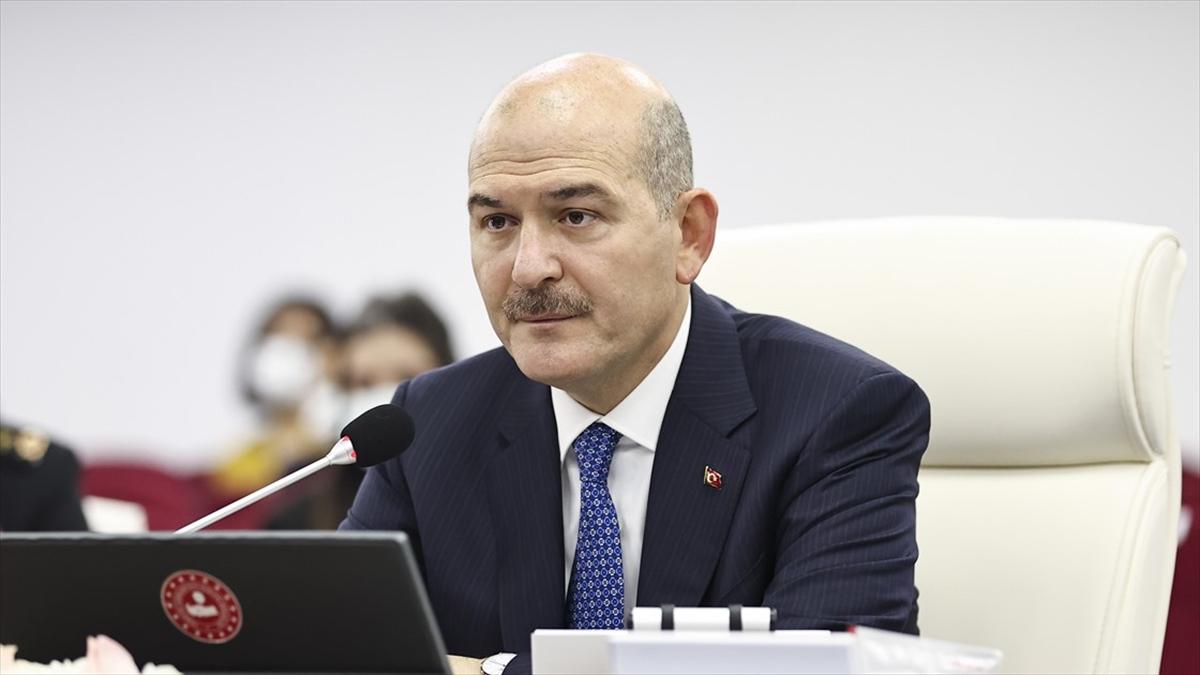 İçişleri Bakanı Soylu: Şu ana kadar Türkiye nüfusunun yüzde 74'ünün kimlik kartını değiştirdik