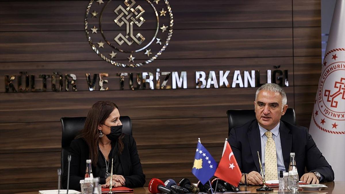 Kültür ve Turizm Bakanı Ersoy: Dünyada Amerika'dan sonra en büyük dizi film ihraç eden ülke Türkiye