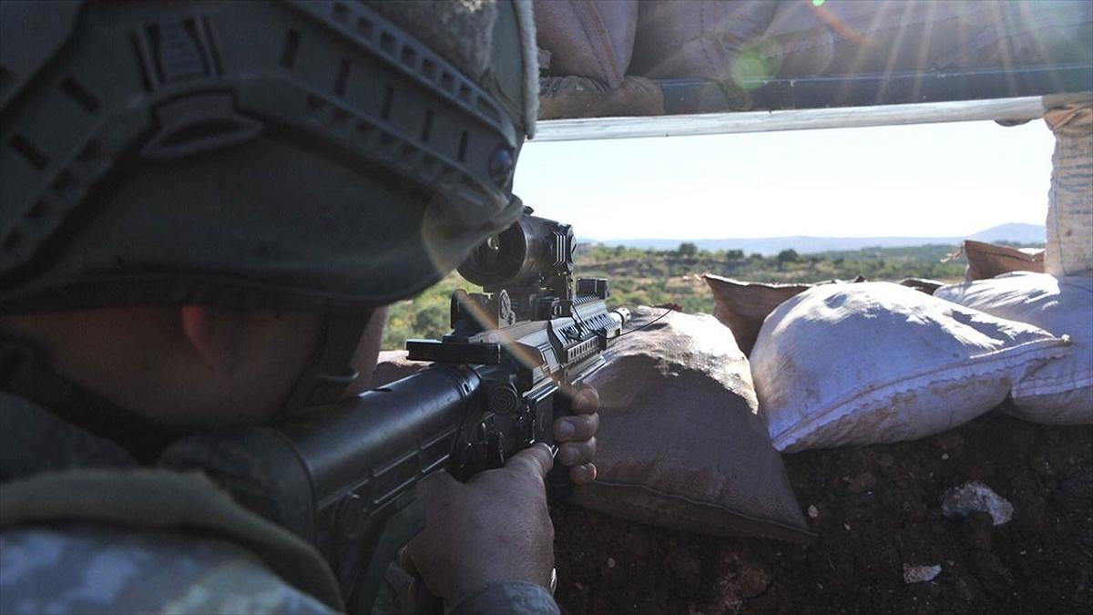 Barış Pınarı bölgesine sızma girişiminde bulunan 3 PKK/YPG'li terörist etkisiz hale getirildi