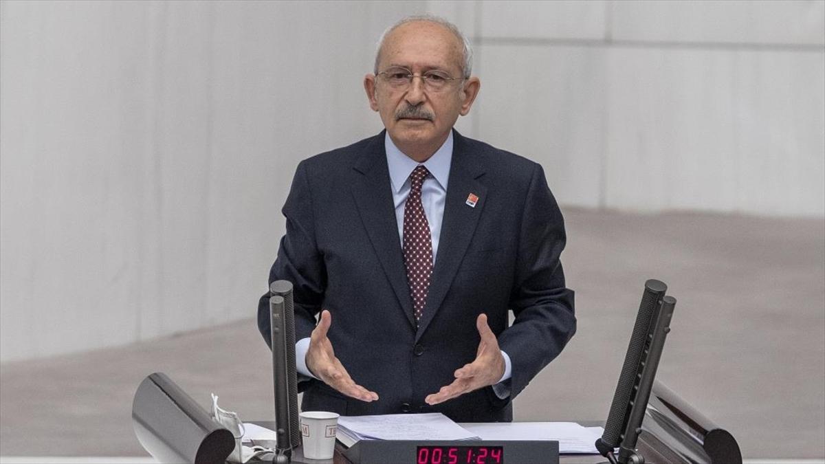 CHP Genel Başkanı Kılıçdaroğlu: Yapmamız gereken bütün sağlıkçıları alkışlamaktır
