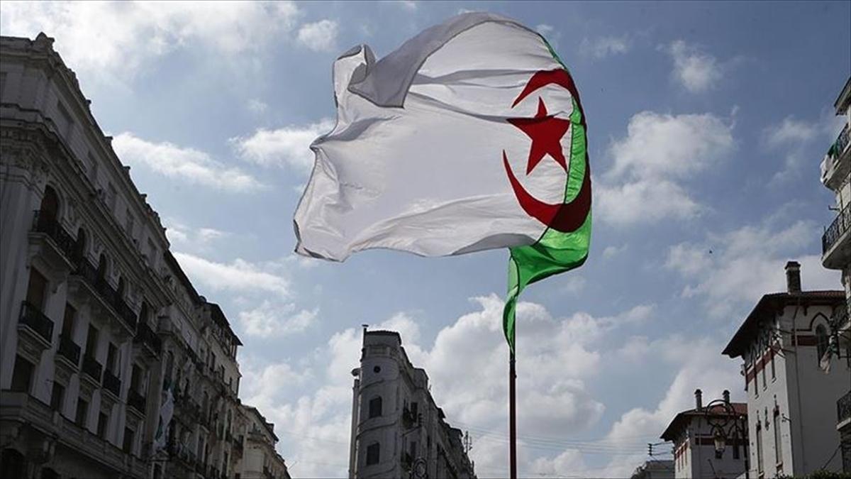 Cezayir'den Türkiye'ye 'uluslararası piyasalara girmek için ortak firmalar kuralım' teklifi