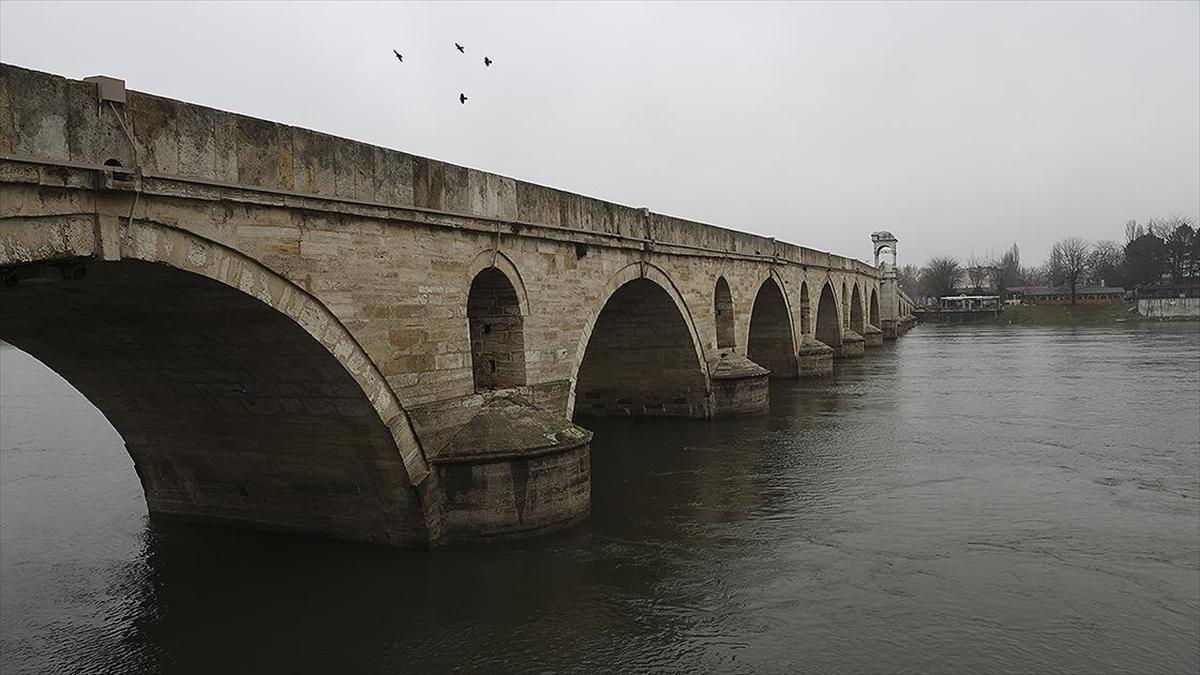 Meriç Nehri'nin debisi son yağışlarla 3 katına çıktı