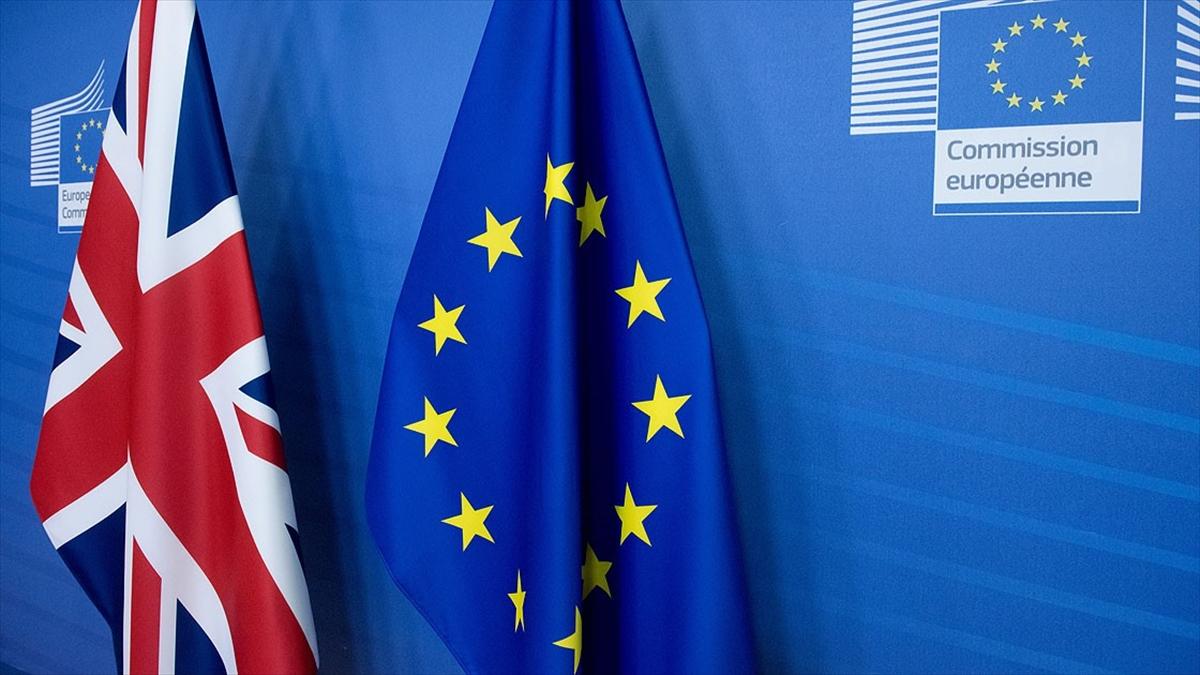 Avrupa Parlamentosu, Brexit anlaşması için İngiltere'ye 3 gün mühlet verdi