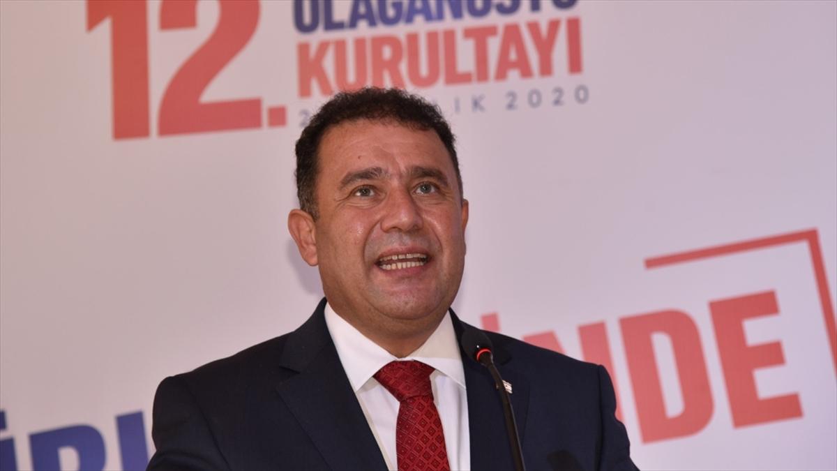 KKTC'de Başbakan Saner, UBP'nin Genel Başkanı oldu