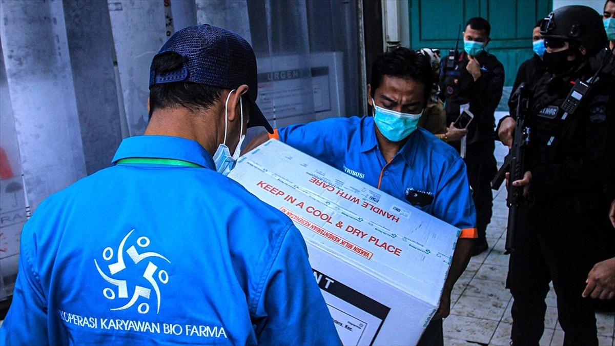 Endonezya'da Kovid-19 karşı aşılama 14 Ocak'ta başlıyor
