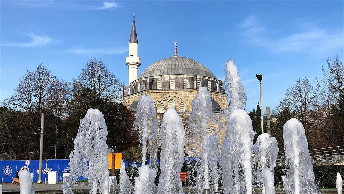 Mimar Sinan'ın Kocaeli'deki eseri yeniden ibadete açılacağı günü bekliyor