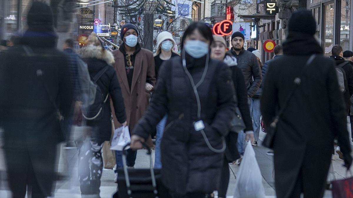 Dünya genelinde Kovid-19 tespit edilen kişi sayısı 95 milyon 484 bini geçti