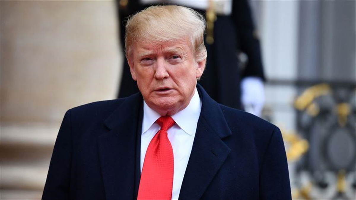 Trump aralarında eski başdanışmanı Bannon'ın olduğu 73 kişiyi affetti