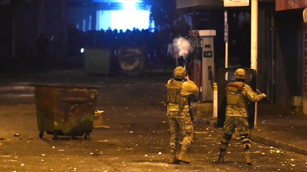 Uluslararası Af Örgütü: Lübnan güvenlik güçleri barışçıl gösterileri Fransız silahlarıyla bastırıyor