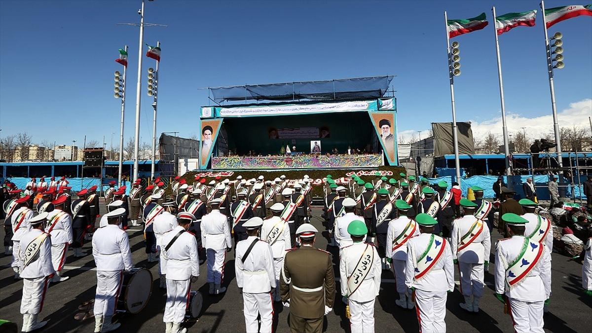 İran devrimi 42. yılına ABD yaptırımlarıyla girdi