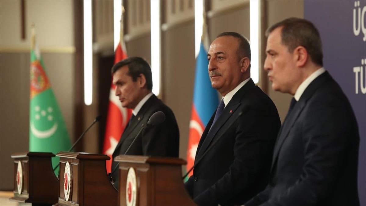 Türkiye-Azerbaycan-Türkmenistan Üçlü Dışişleri Bakanları 5. Toplantısı'nın ardından ortak bildiri imzalandı
