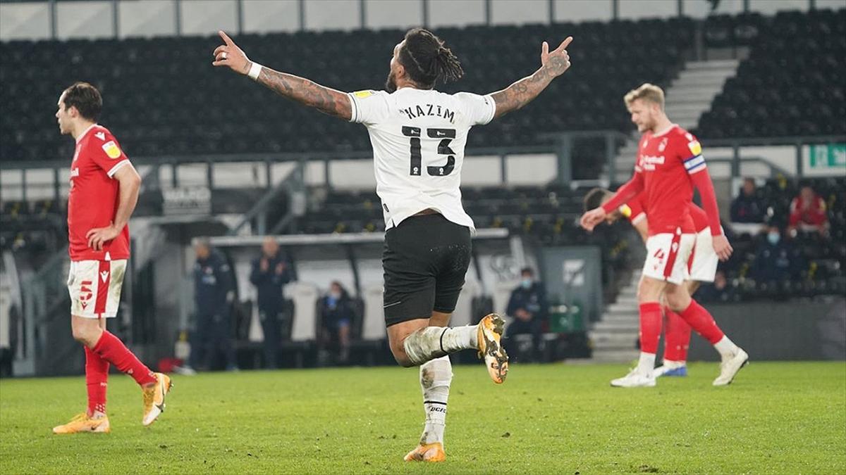 Derby Countyli futbolcu Kazım Kazım sosyal medyada ırkçı saldırıya maruz kaldı