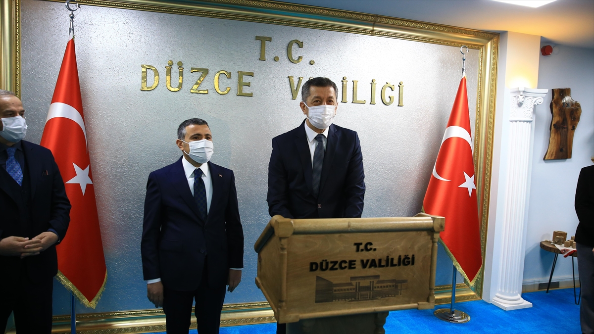 Milli Eğitim Bakanı Ziya Selçuk: Önceliğimiz tabii ki yüz yüze eğitim