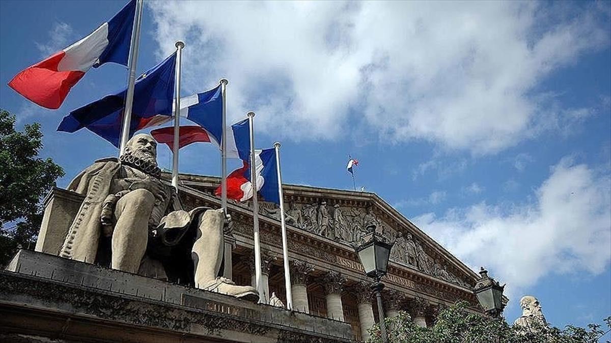 Fransa ile AB Komisyonu, Air France'a yardım yapılması konusunda anlaştı