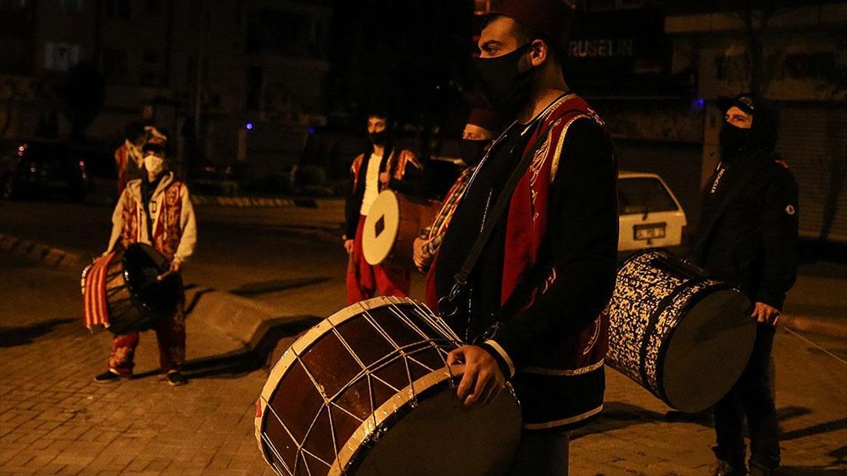 İstanbul'da ramazanda 3 bin 200 davulcu görev alacak