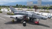 Gökmen Uzay Havacılık Eğitim Merkezi'ne konuşlandırılan F4 uçağı ziyaretçilerini bekliyor