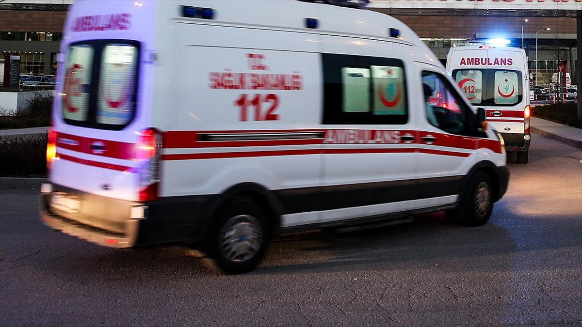Bitlis'te terör operasyonunda yaralanan asker tedavi gördüğü hastanede şehit oldu