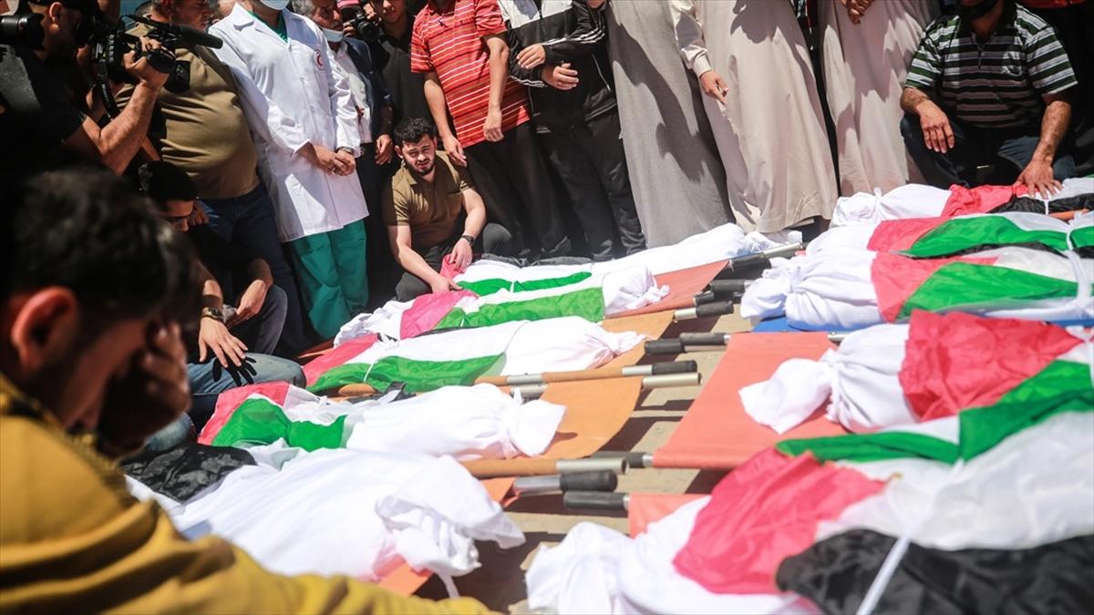 İsrail'in Gazze'ye düzenlediği saldırılarda hayatını kaybeden 39 kadından geriye acı dolu hikayeler kaldı