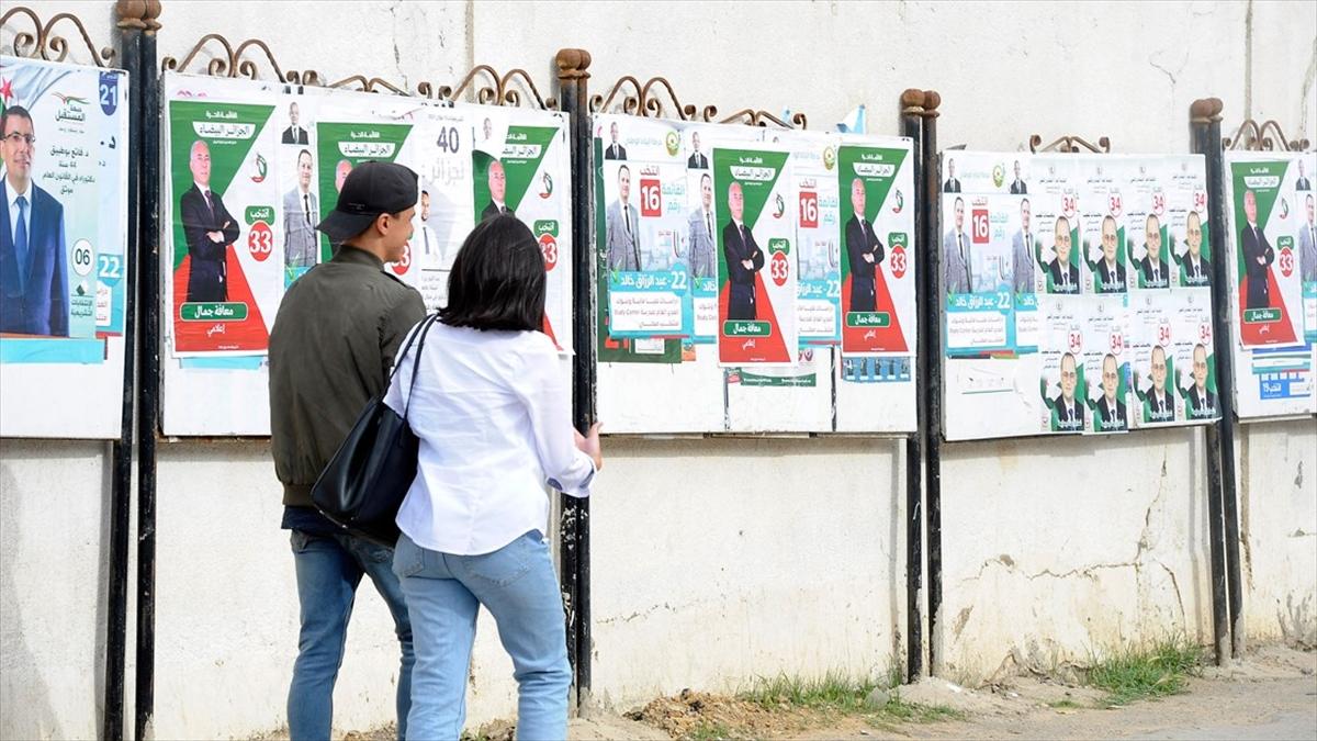 Cezayir'de değişim dalgasının son halkası 12 Haziran erken genel seçimleri