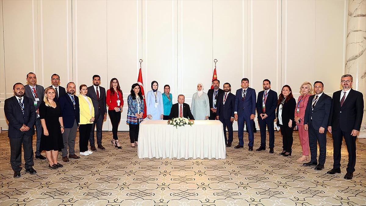 Cumhurbaşkanı Erdoğan: Bir müttefikin mücadele ettiği terör örgütlerini tercih etmek tarihi hatadır