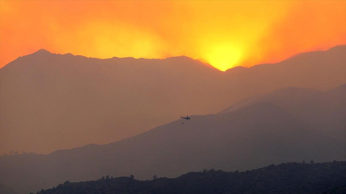 Kıbrıs Rum kesiminde devam eden yangında 4 kişi hayatını kaybetti