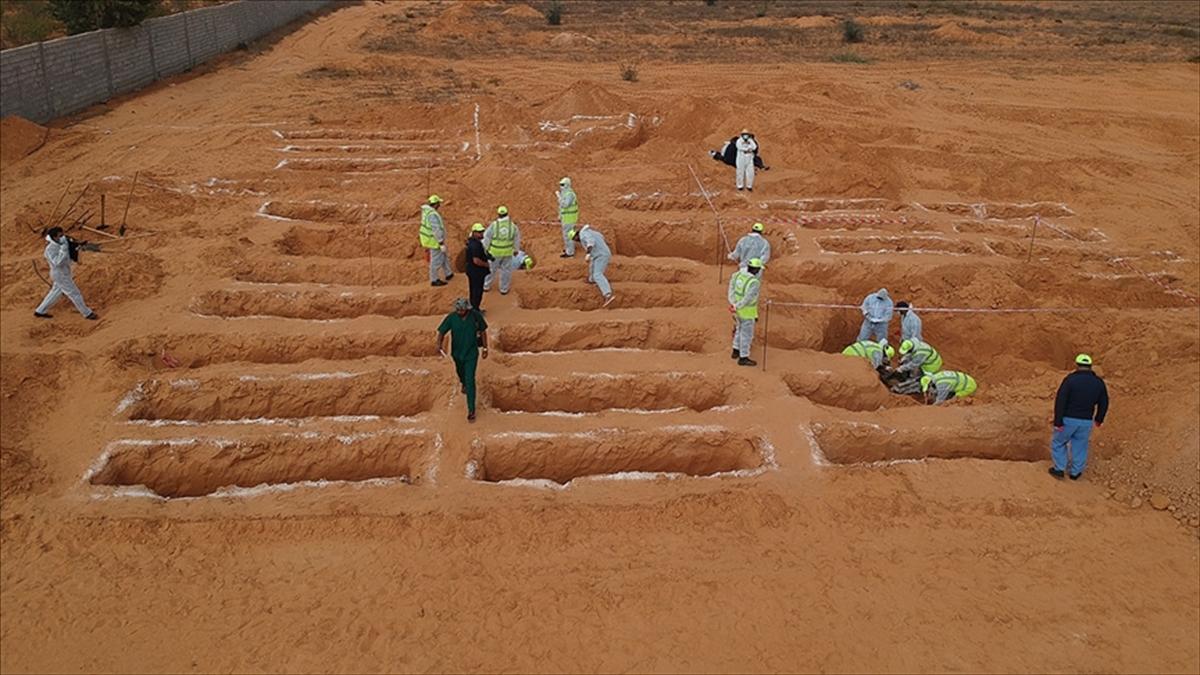 Libya'nın toplu mezarlar kenti Terhune'de üç ceset daha bulundu