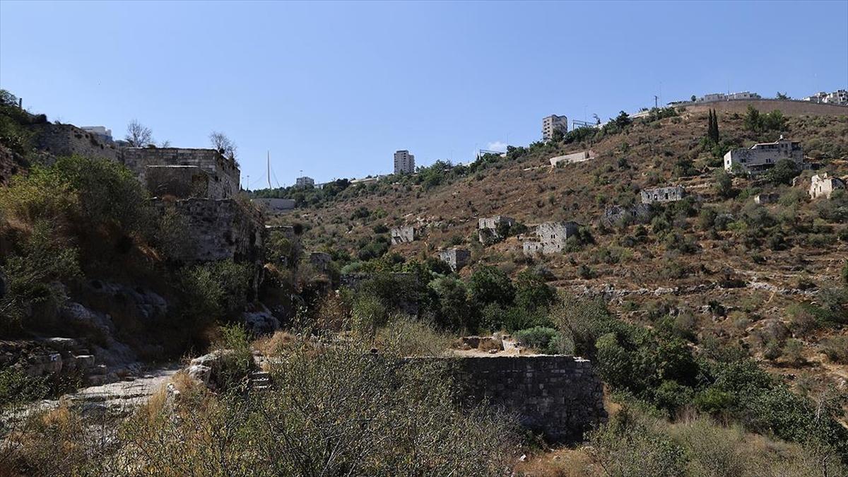 İsrail Nekbe'nin izlerini taşıyan Filistin kasabasını ortadan kaldırmayı planlıyor