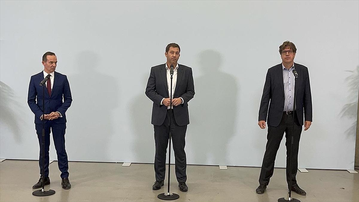 Almanya'da SPD, Yeşiller ve FDP arasında koalisyon görüşmeleri başladı