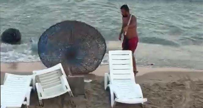Dünyaca ünlü plajdaki tüm malzemeleri kıran şüpheli yakalandı