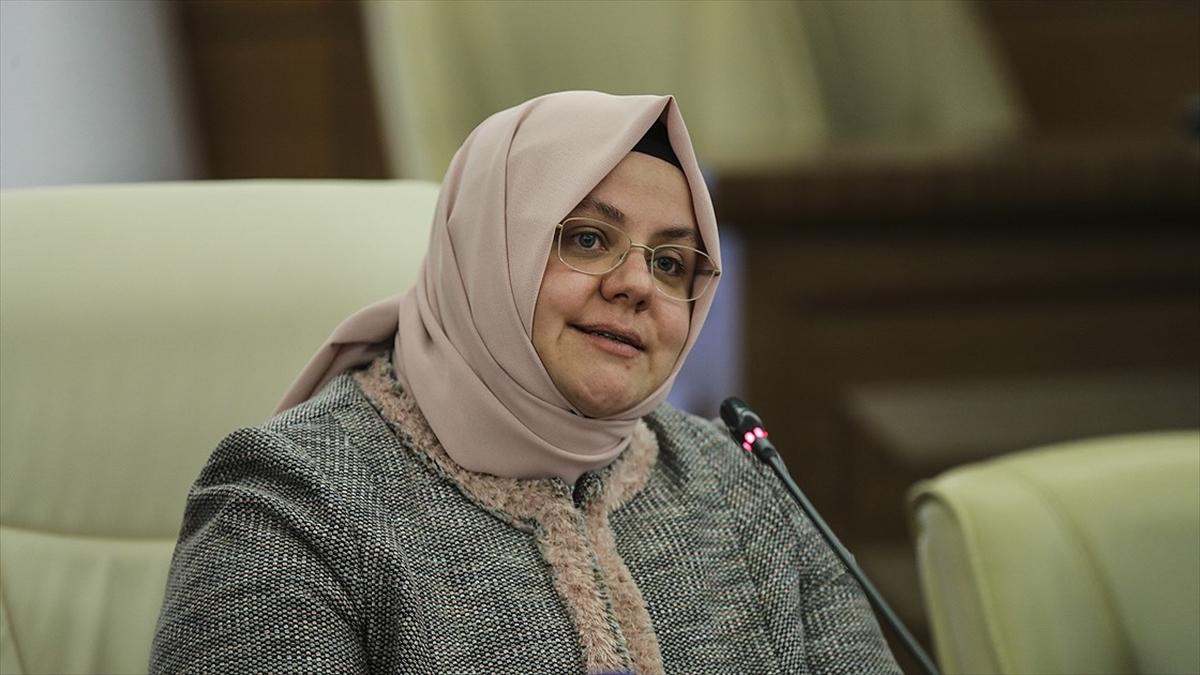 Bakan Selçuk: Sosyal Yardımlaşma ve Dayanışma Vakıflarına 186,8 milyon lira kaynak aktardık