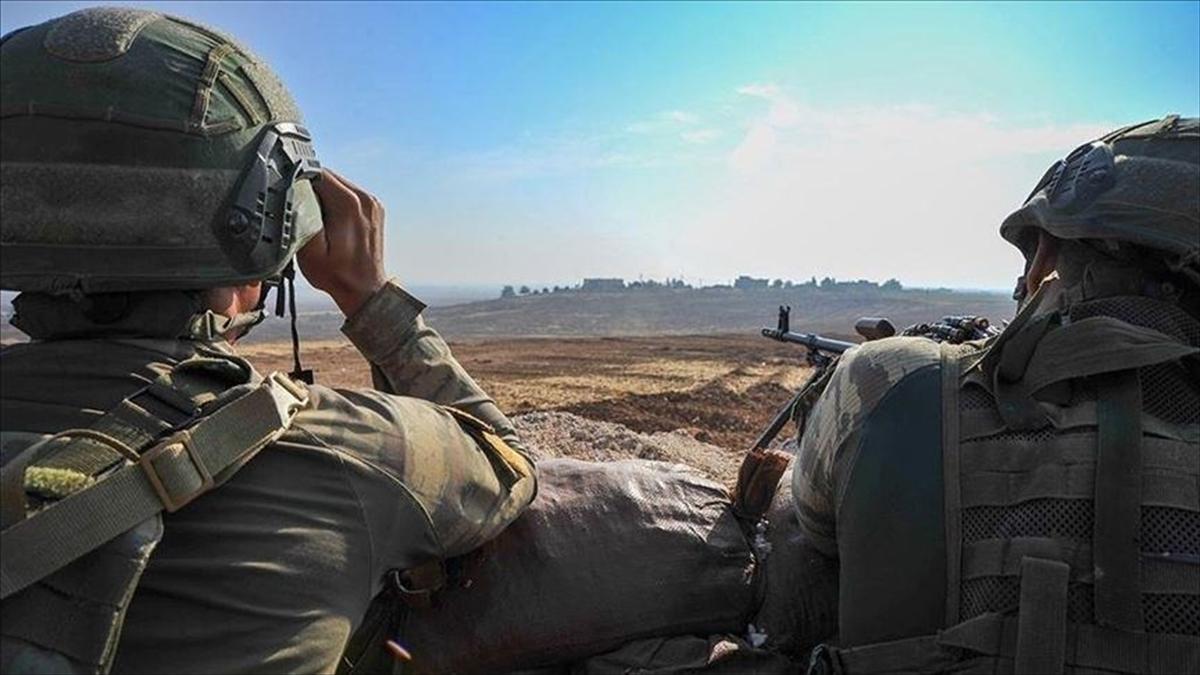 MSB: Zeytin Dalı bölgesine taciz ateşi açan 3 PKK/YPG'li terörist etkisiz hale getirildi
