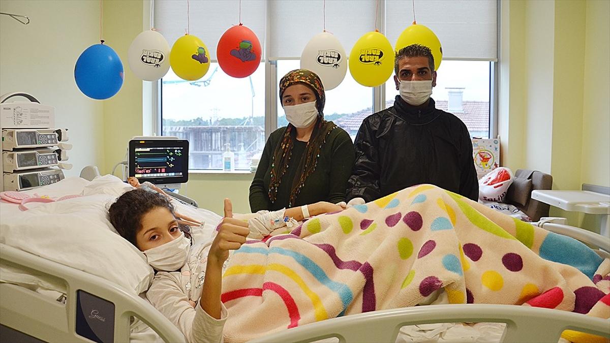 'Melek' Kovid-19 ve getirdiği hastalıkları yenerek ikinci hayatına 'merhaba' dedi