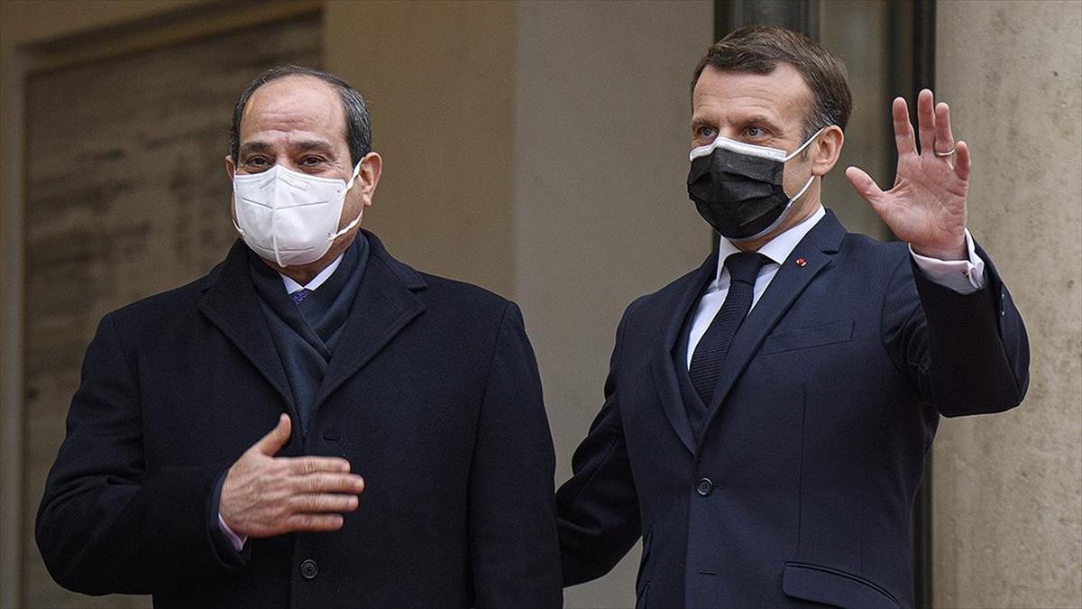 Fransa'yı ziyaretinde Sisi'ye 'onur nişanı' verildiği ortaya çıktı