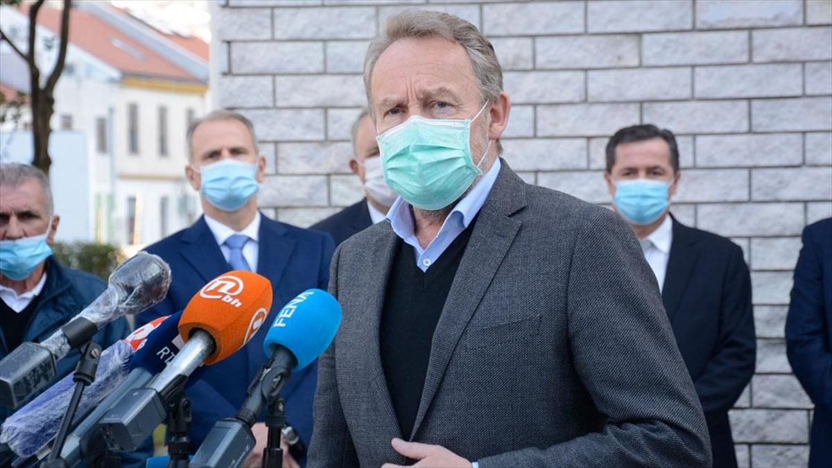Boşnak lider İzetbegovic Rusya'yı Bosna Hersek'in içişlerine karışmakla suçladı