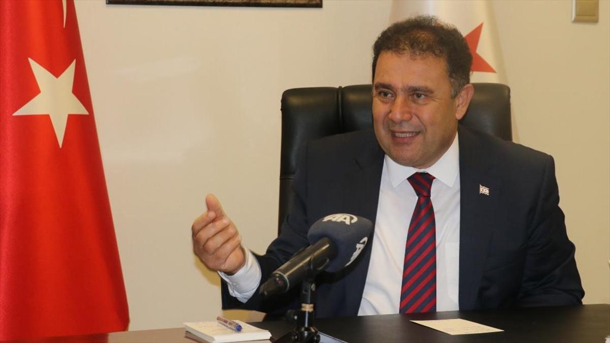 KKTC'nin yeni Başbakanı Saner: İki devletli çözümün dışındaki görüşmeler zaman kaybından başka hiçbir şey getirmez