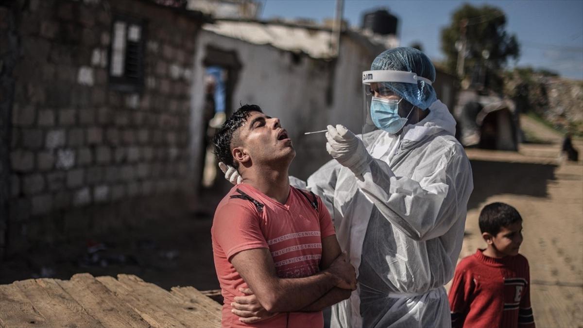 Dünya genelinde Kovid-19 tespit edilen kişi sayısı 83 milyon 68 bini geçti