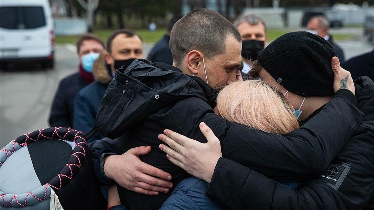 Ukrayna Dışişleri Bakanı Kuleba: Türkiye destek vermese Ukraynalı denizcilerin tahliyesi mümkün olmazdı