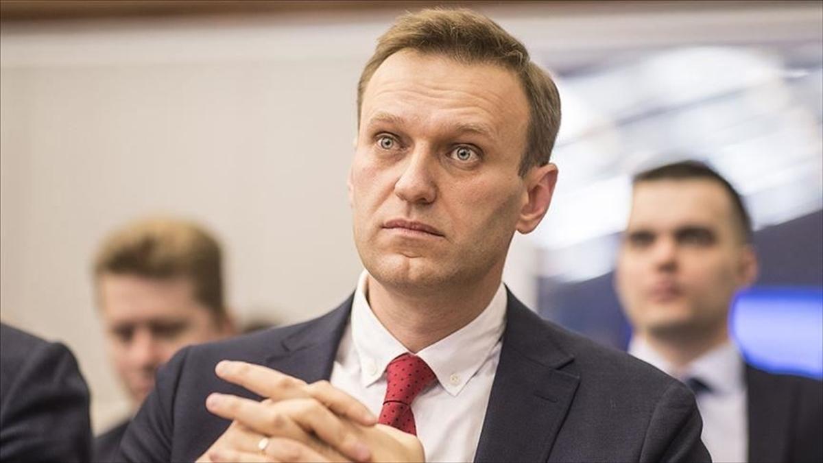 Rus muhalif Aleksey Navalnıy'nın 30 gün tutuklu kalmasına karar verildi