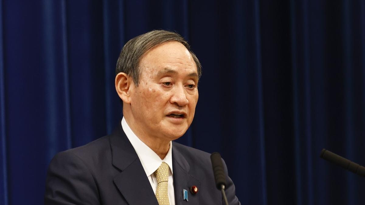 Japonya Başbakan Suga sağlık sistemini denetleyemediklerini kabul etti