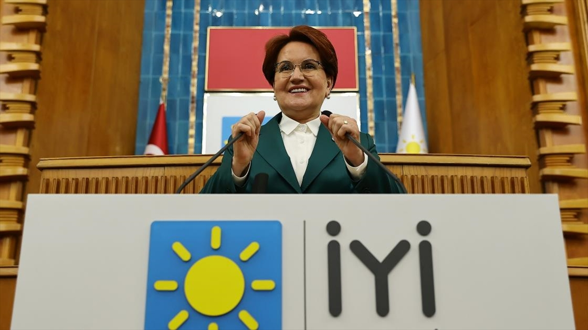 İYİ Parti Genel Başkanı Akşener: Halk Bankası kredi ödemelerinin ötelenmesi konusunda atılan adımı doğru buluyoruz