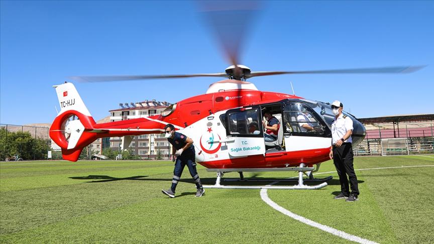 Deniz ve hava ambulansları için acil tıp teknisyeni ve paramedik istihdam edilecek