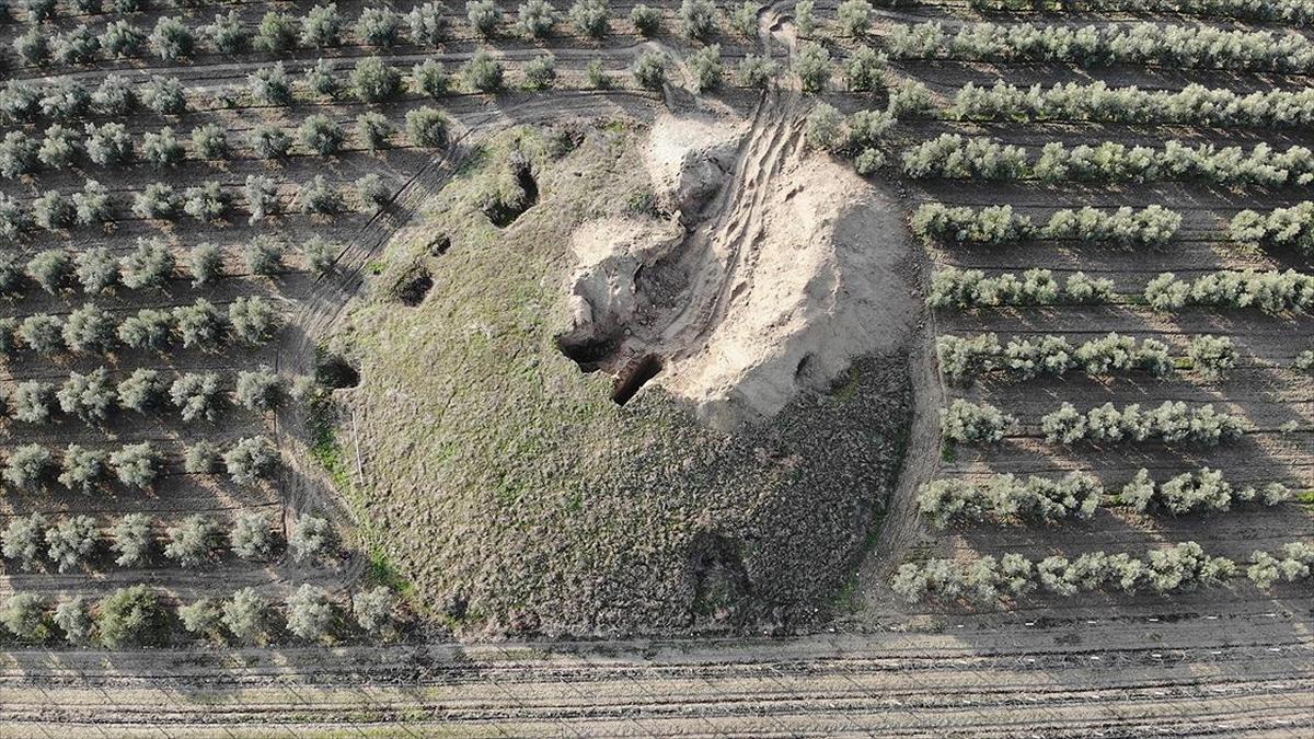 Manisa'daki 2 bin 700 yıllık tümülüslerde definecilere karşı tedbirler artırıldı