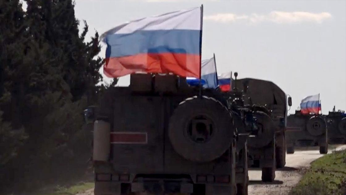 Ukrayna'dan Rusya'ya 'askeri birliklerini sınırdan çek' çağrısı