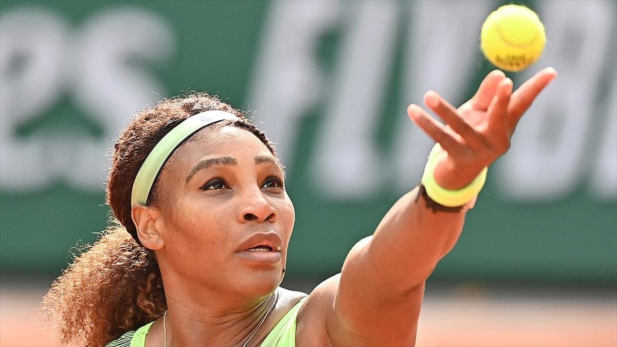 Serena Williams Fransa Açık'a 4. turda veda etti